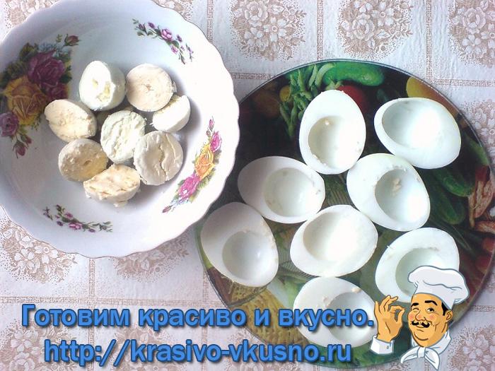 Яйца фаршированные.