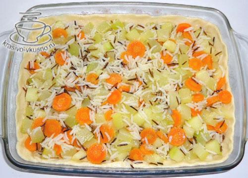 Пирог с рисом, овощами и фрикадельками