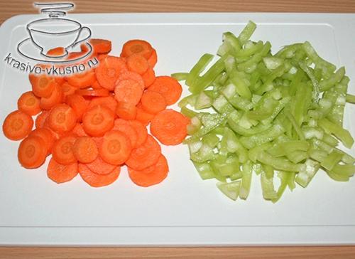Куриные крылышки с овощами